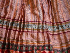 画像4: スカート ショート(ベージュ・チャコール系)