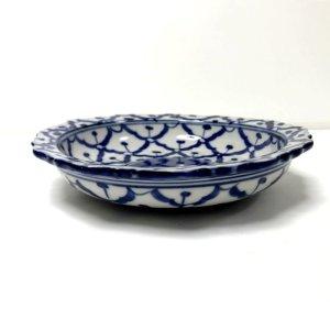 画像2: 青白陶器 花型ギザ15cm