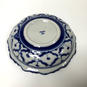画像4: 青白陶器 花型ギザ15cm